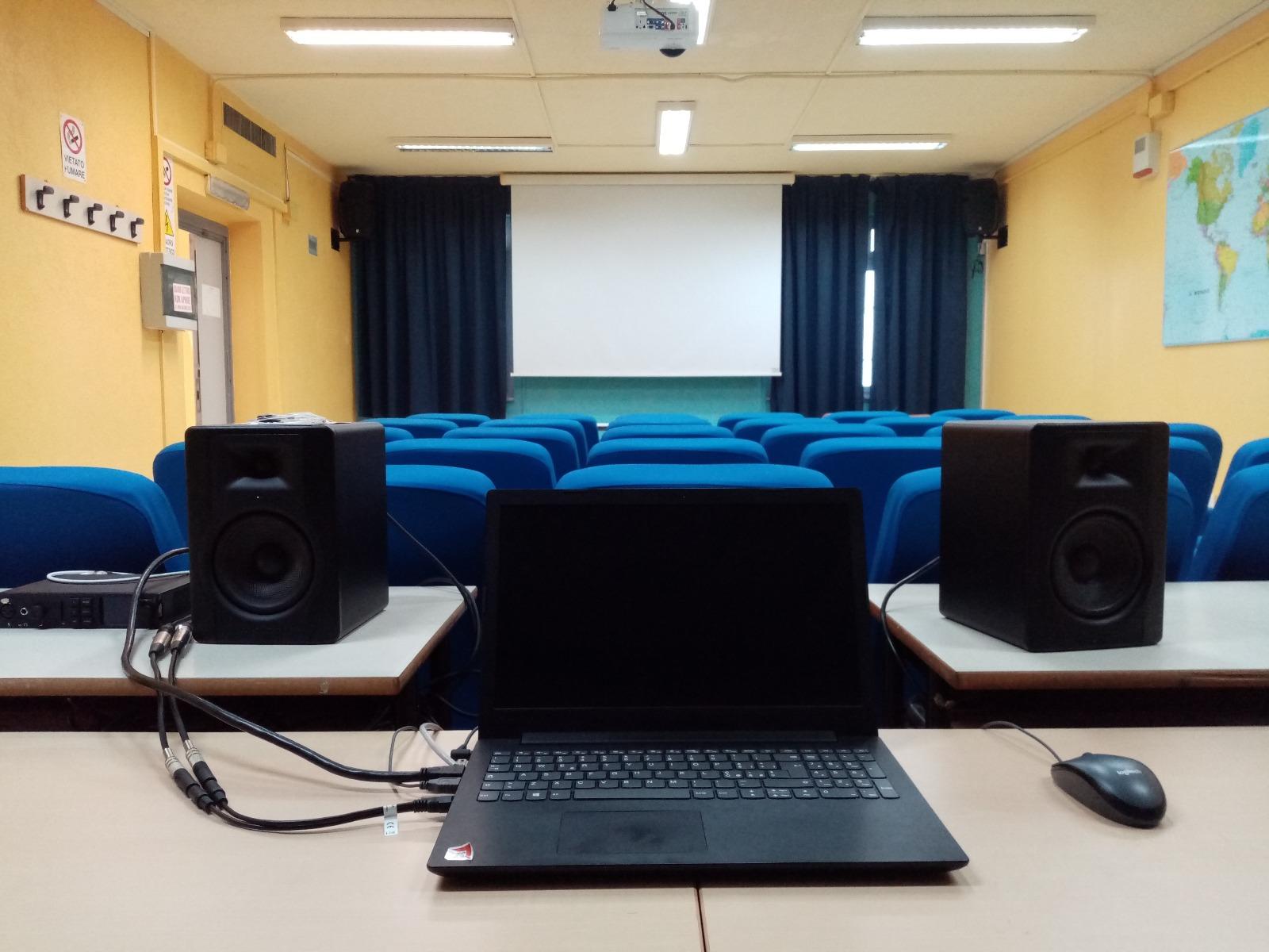 Sala audio video proiezione